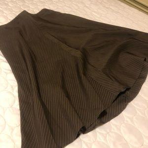 Banana Republic Pin Stripped Skirt, Size 4